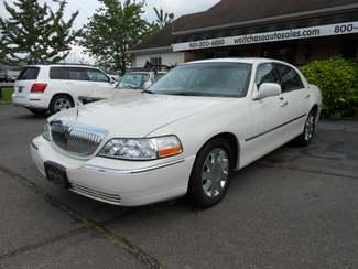 2005 Lincoln Town Car Signature Limited Memphis, Tennessee 1