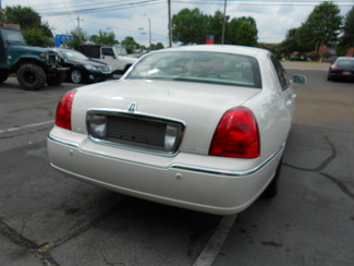 2005 Lincoln Town Car Signature Limited Memphis, Tennessee 35