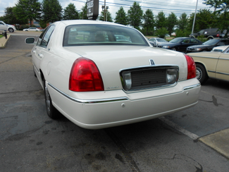 2005 Lincoln Town Car Signature Limited Memphis, Tennessee 33
