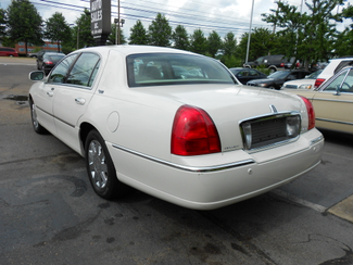2005 Lincoln Town Car Signature Limited Memphis, Tennessee 31