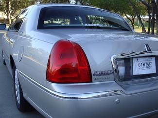 2005 Lincoln Town Car Signature Richardson, Texas 14