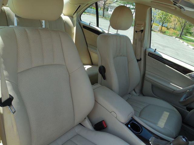 2005 Mercedes-Benz C240 2.6L 4MATIC Leesburg, Virginia 12