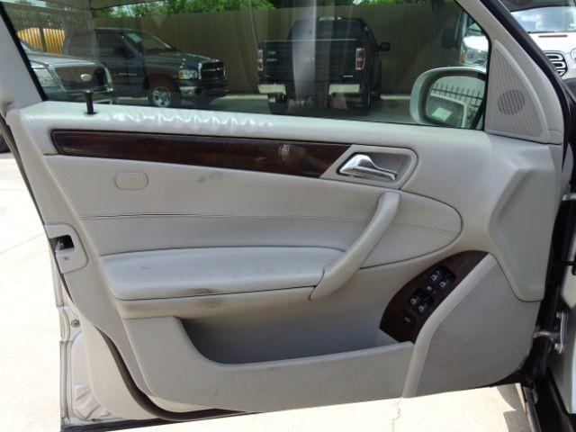 2005 Mercedes-Benz C240 2.6L San Antonio , Texas 11