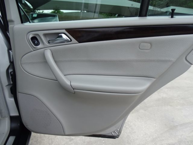 2005 Mercedes-Benz C240 2.6L San Antonio , Texas 19