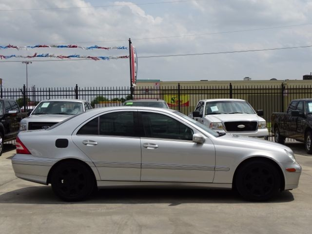 2005 Mercedes-Benz C240 2.6L San Antonio , Texas 7