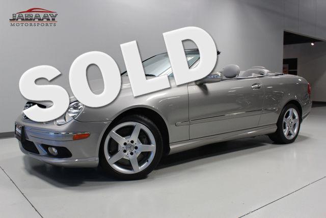 2005 Mercedes-Benz CLK500 5.0L Merrillville, Indiana 0