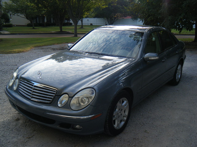 2005 Mercedes-Benz E320 3.2L CDI diesel Collierville, Tennessee 0