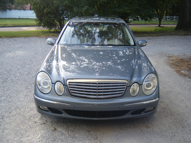 2005 Mercedes-Benz E320 3.2L CDI diesel Collierville, Tennessee 1