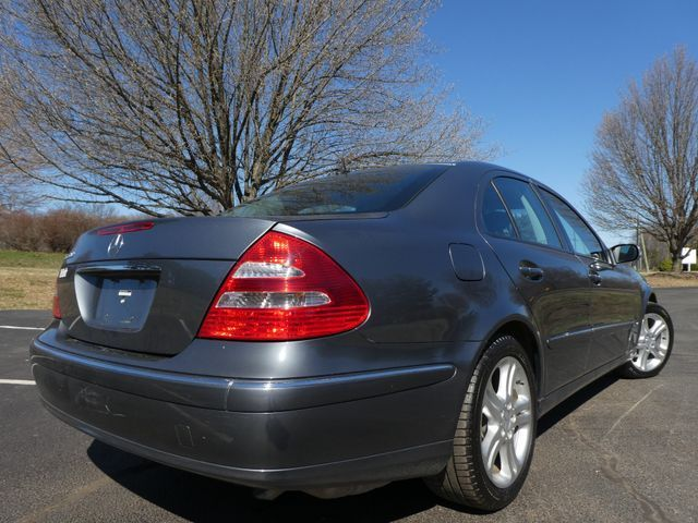 2005 Mercedes-Benz E500 5.0L Sterling, Virginia 1