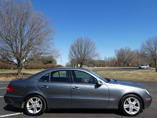 2005 Mercedes-Benz E500 5.0L Sterling, Virginia 4