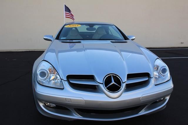 2005 Mercedes-Benz SLK350* SPORT PKG* ULTRA LOW MI* PREM SOUND* AUTO* HEATED* CONVERTIBLE* WONT LAST* CLEAN Las Vegas, Nevada 1
