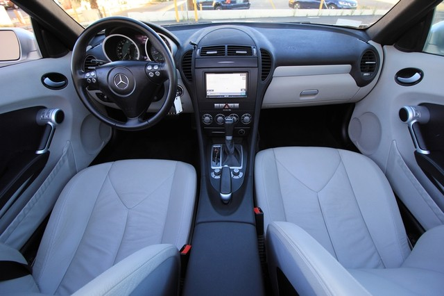 2005 Mercedes-Benz SLK350* SPORT PKG* ULTRA LOW MI* PREM SOUND* AUTO* HEATED* CONVERTIBLE* WONT LAST* CLEAN Las Vegas, Nevada 10