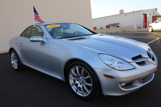 2005 Mercedes-Benz SLK350* SPORT PKG* ULTRA LOW MI* PREM SOUND* AUTO* HEATED* CONVERTIBLE* WONT LAST* CLEAN Las Vegas, Nevada 2