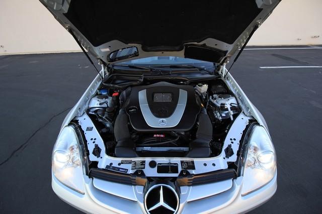 2005 Mercedes-Benz SLK350* SPORT PKG* ULTRA LOW MI* PREM SOUND* AUTO* HEATED* CONVERTIBLE* WONT LAST* CLEAN Las Vegas, Nevada 23