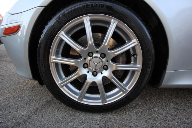 2005 Mercedes-Benz SLK350* SPORT PKG* ULTRA LOW MI* PREM SOUND* AUTO* HEATED* CONVERTIBLE* WONT LAST* CLEAN Las Vegas, Nevada 25