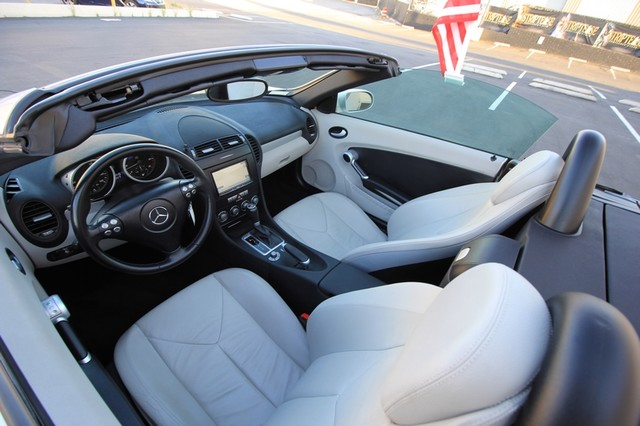 2005 Mercedes-Benz SLK350* SPORT PKG* ULTRA LOW MI* PREM SOUND* AUTO* HEATED* CONVERTIBLE* WONT LAST* CLEAN Las Vegas, Nevada 9