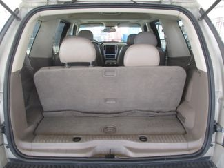 2005 Mercury Mountaineer Convenience Gardena, California 10
