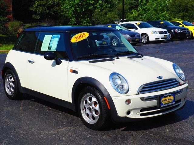 2005 Mini Hardtop  | Champaign, Illinois | The Auto Mall of Champaign in  Illinois