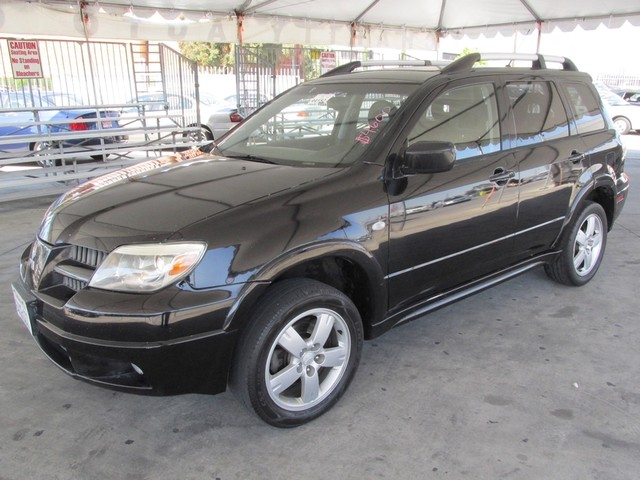 2005 Mitsubishi Outlander Limited Please call or e-mail to check availability All of our vehicl