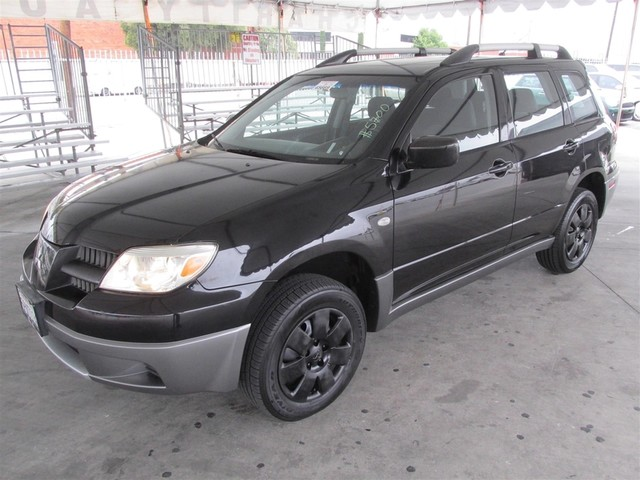 2005 Mitsubishi Outlander LS Please call or e-mail to check availability All of our vehicles ar