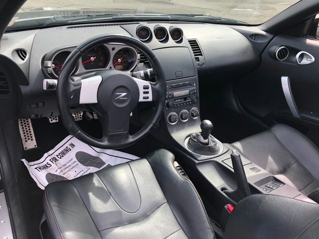 2005 Nissan 350Z Touring Sterling, Virginia 14