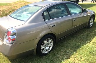 2005 Nissan-2 Owner-13 Records Altima-CARMARTSOUTH.COM S-WE BUY CARS! 29 MPH! Knoxville, Tennessee 6