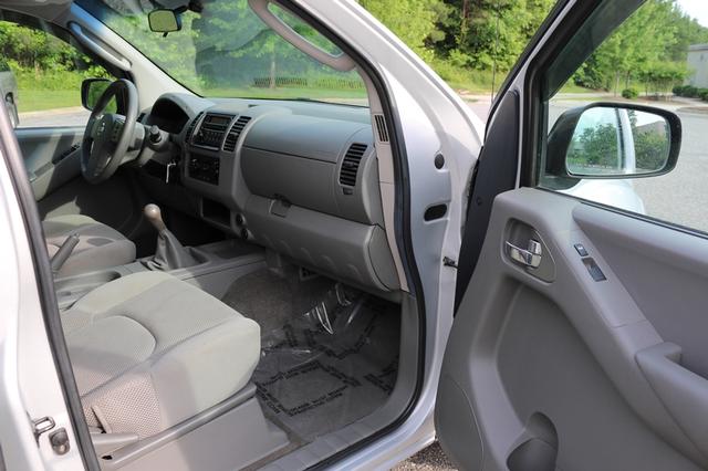 2005 Nissan Frontier SE Mooresville, North Carolina 16