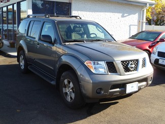 2005 Nissan Pathfinder XE East Haven, CT 3