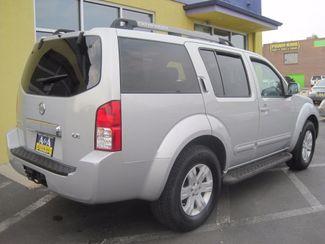 2005 Nissan Pathfinder LE Englewood, Colorado 4