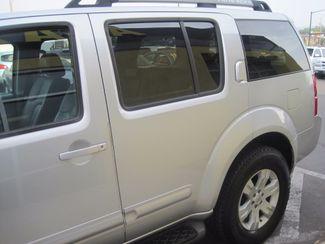 2005 Nissan Pathfinder LE Englewood, Colorado 41