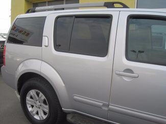 2005 Nissan Pathfinder LE Englewood, Colorado 42