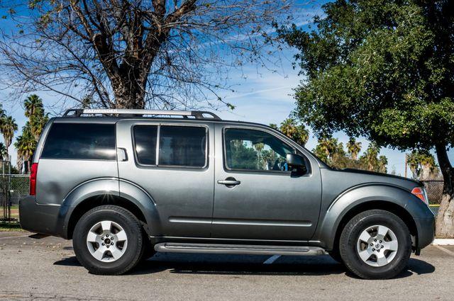 2005 Nissan Pathfinder SE Reseda, CA 5