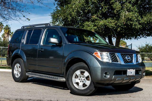 2005 Nissan Pathfinder SE Reseda, CA 3