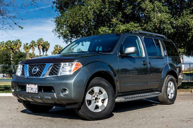 2005 Nissan Pathfinder SE Reseda, CA 1