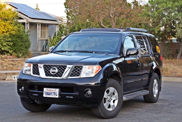 2005 Nissan PATHFINDER SE 3RD ROW SEATS AUTOMATIC ALLOY WHEELS SERIVCE RECORDS Woodland Hills, CA 9