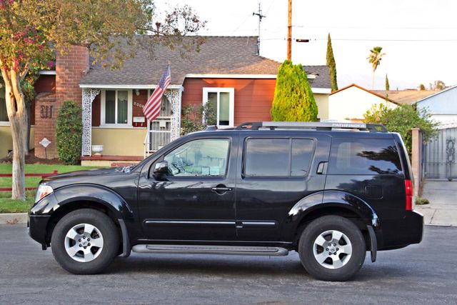 2005 Nissan PATHFINDER SE 3RD ROW SEATS AUTOMATIC ALLOY WHEELS SERIVCE RECORDS Woodland Hills, CA 2