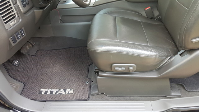 2005 Nissan Titan LE Arlington, Texas 28