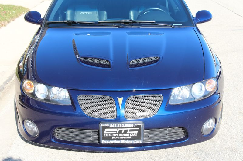 2005 Pontiac GTO   Lake Bluff IL  Executive Motor Carz  in Lake Bluff, IL