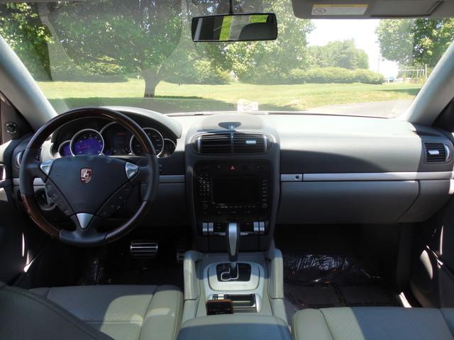 2005 Porsche Cayenne S Leesburg, Virginia 11