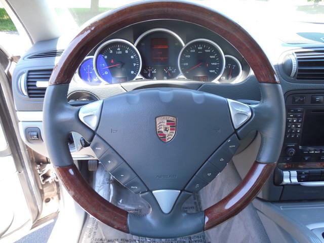 2005 Porsche Cayenne S Leesburg, Virginia 12