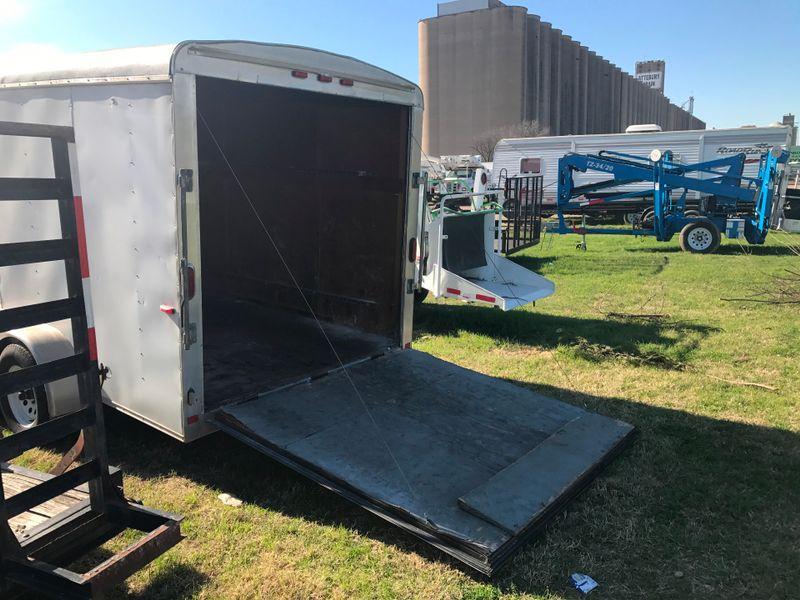 2005 Ringo ENCLOSED TRAILER 16 FOOT   city TX  North Texas Equipment  in Fort Worth, TX