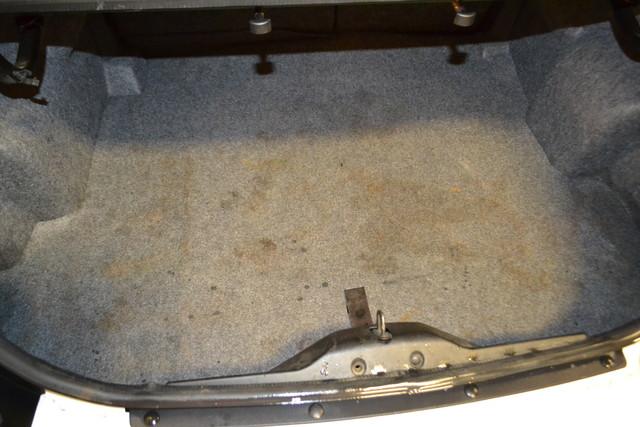2005 Saturn Ion ION 2 Roscoe, Illinois 18