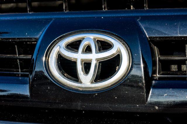 2005 Toyota 4Runner SR5 Reseda, CA 40