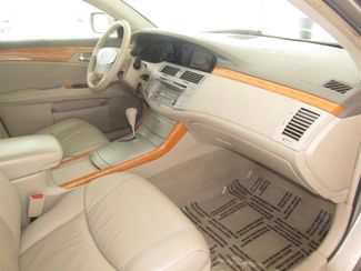 2005 Toyota Avalon XLS Gardena, California 8