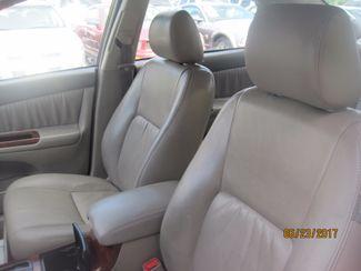 2005 Toyota Camry LE Englewood, Colorado 7