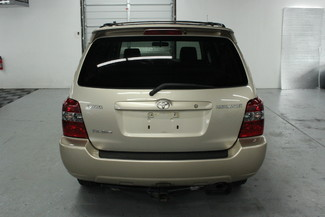2005 Toyota Highlander V6 4WD Kensington, Maryland 3