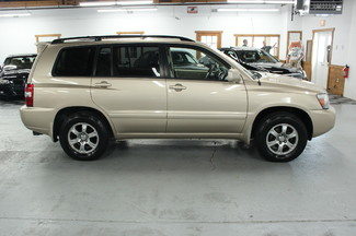 2005 Toyota Highlander V6 4WD Kensington, Maryland 6