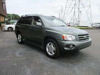 2005 Toyota Highlander Limited  city Tennessee  Peck Daniel Auto Sales  in Memphis, Tennessee