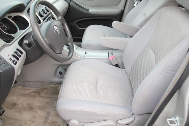 2005 Toyota Highlander 4WD W/ 3RD ROW Santa Clarita, CA 13