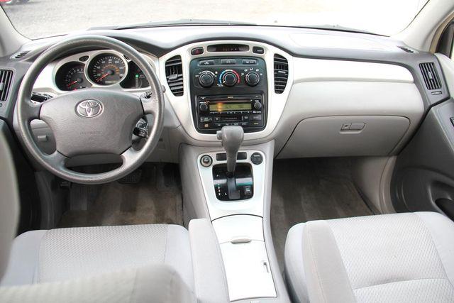 2005 Toyota Highlander 4WD W/ 3RD ROW Santa Clarita, CA 7
